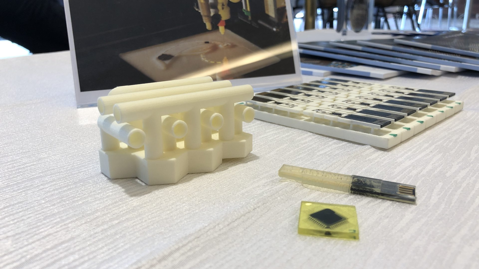 The Food and Pharma Innovation with 3D printers – Is It the World-changing Hardware?